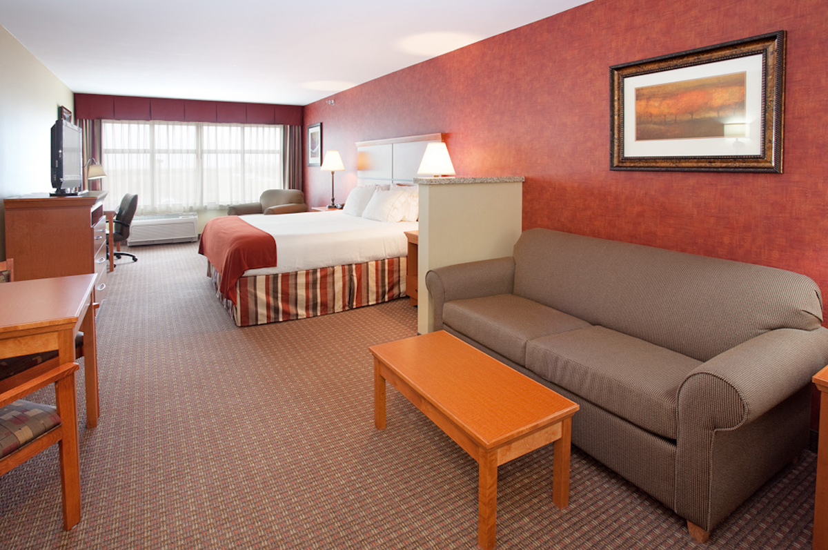 holiday-inn-room